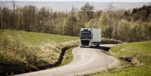 Volvo Trucks lance une combinaison unique de système de direction et de suspension avant pour des propriétés routières parfaites et un confort accru
