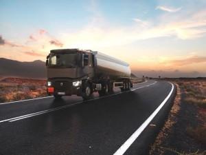 RENAULT TRUCKS T TANKER :  Priorité à la charge utile et à la sécurité