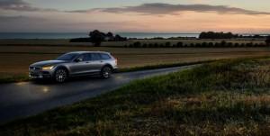 Gamme 90 de Volvo Cars : nouvelles mises à jour en matière de sécurité, de motorisation et de connectivité, dont Android Auto