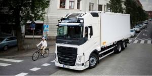 Le rapport de sécurité 2017 de Volvo Trucks porte sur les usagers de la route exposés.