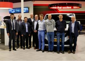 Nissan By LENTZ équipe et sponsorise FLTRI: en route pour les compétitions!