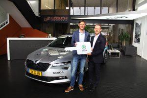 ŠKODA Luxembourg remet à Fränk Schleck un nouveau véhicule
