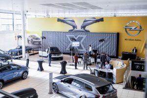 La 25.000ème Opel vendue chez Autopolis lors de l'Autofestival (reportage vidéo et photos)
